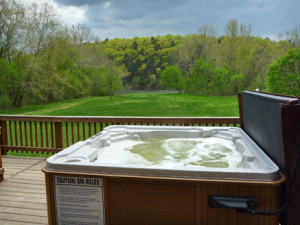 Hot tub at Sinker cabin